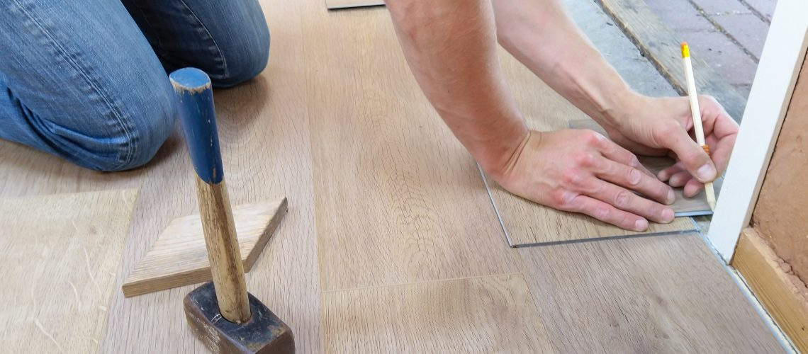 carpenter-carpentry-craft-1388944